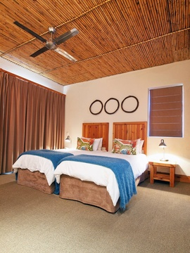 Sharing Tsitsikamma Lodge Accommodation