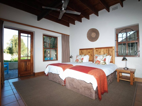 Twin Room Beds | Storms River Tsitsikamma Accommodation
