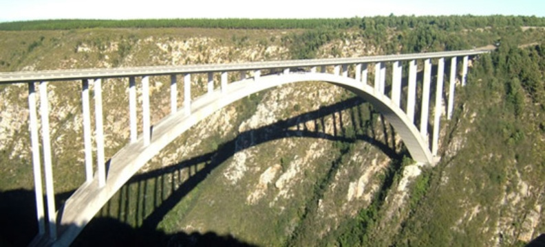 Bloukrans Bridge | Tsitsikamma Storms River