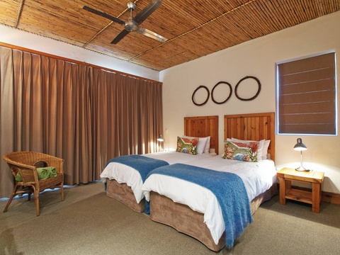 Twin Room Bedroom | Storms River Tsitsikamma Accommodation